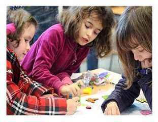 taller, campamento, chicas, niñas, girls, girls&tech, programacion, robotica, robotica educativa, cursos, verano, semana santa, amigas, formacion, tecnologia